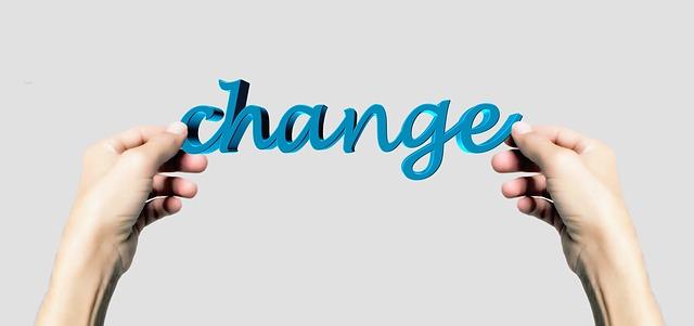 changeという文字を掲げている