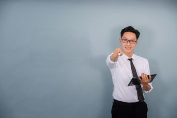 副業で塾講師をするのに向いている人はどんな人?メリットやデメリットは?